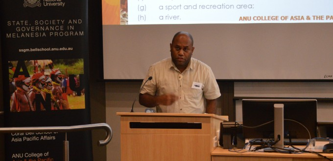 Joseph Foukona presenting during the Rapid Urbanisation: Managing change in Pacific cities at SOTP2016. Image SSGM